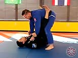 JJU 16-05 Roleta Sweep from Closed Guard
